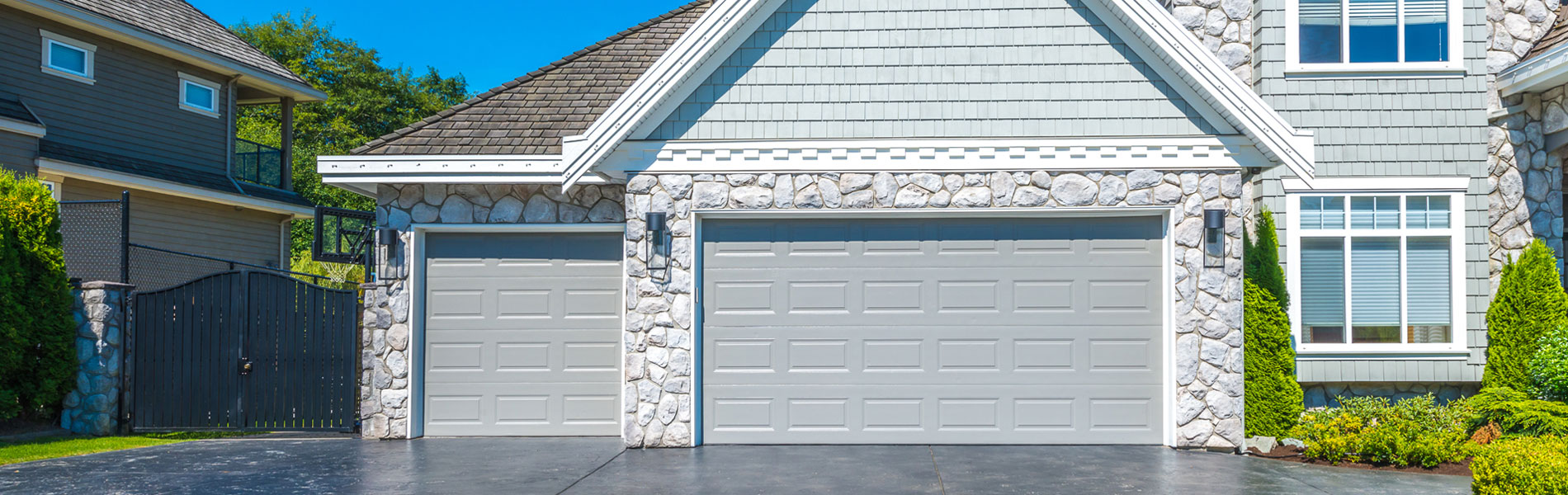 Eagle Garage Door Chicago, IL 773-932-9420